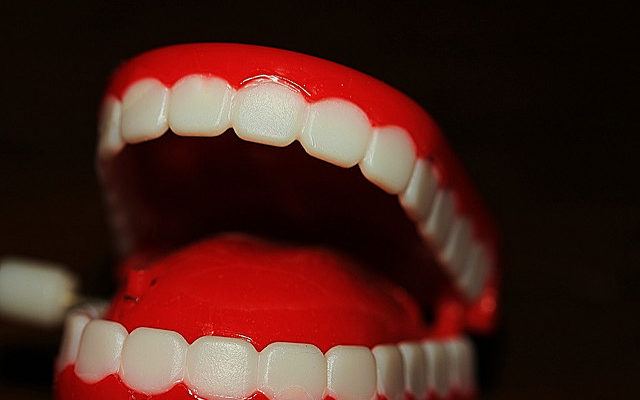 Artificial Dentures